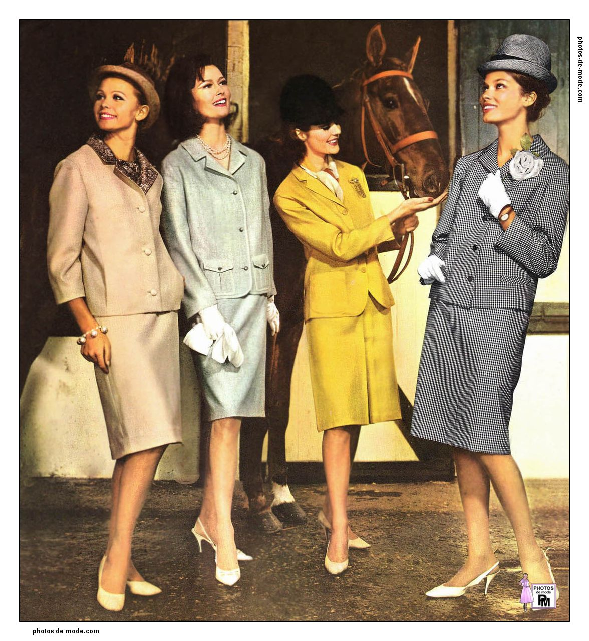 Womens fashion in the 60s 72